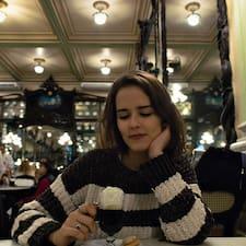 Nutzerprofil von Lívia