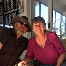 Profilo utente di Debbie & Leighton