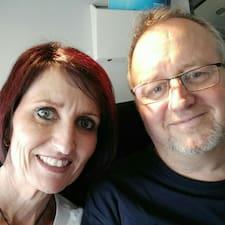 โพรไฟล์ผู้ใช้ Mike & Tracy