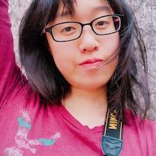 โพรไฟล์ผู้ใช้ Pik Kwan