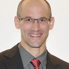 โพรไฟล์ผู้ใช้ Matthias