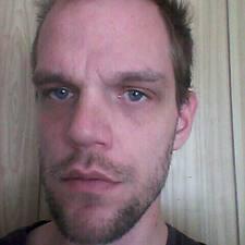 Juan Efraín的用戶個人資料