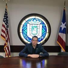 Héctor Elías的用戶個人資料