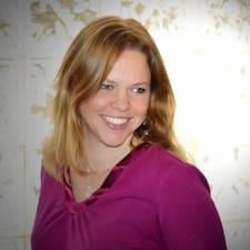 Linette User Profile