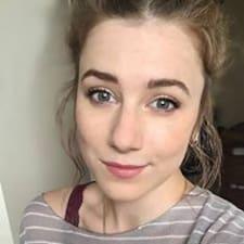 Carrie felhasználói profilja