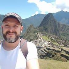 โพรไฟล์ผู้ใช้ Daniel Ricardo