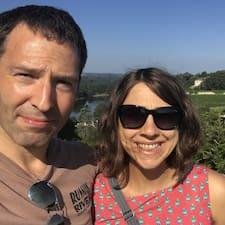 Christina And Adam felhasználói profilja