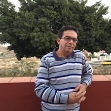Juan ialah superhost