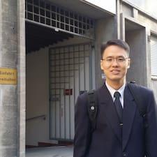 โพรไฟล์ผู้ใช้ Yiew Kiew