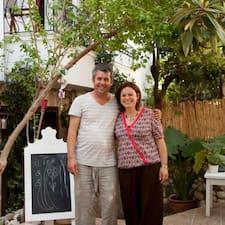 Ahmet & Marie es un Superanfitrión