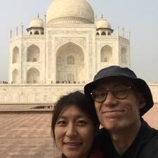 โพรไฟล์ผู้ใช้ Lok & Jen