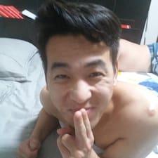 晋怡 User Profile