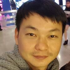 โพรไฟล์ผู้ใช้ Yang Wee