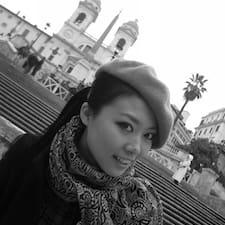 Julia Yimin Brugerprofil