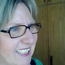Profilo utente di Christa