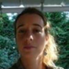 Anne-Claire用戶個人資料