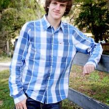 Trevor Profile ng User