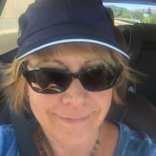 Tracey felhasználói profilja
