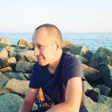 โพรไฟล์ผู้ใช้ Anatolii