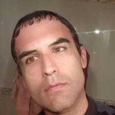 Henkilön Emilio käyttäjäprofiili
