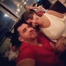 Profil Pengguna Rafael & Jeannette