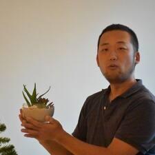 Το προφίλ του/της Akihito