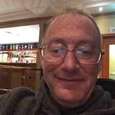โพรไฟล์ผู้ใช้ John
