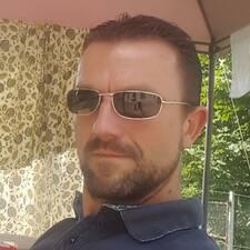 Grégory on supermajoittaja.