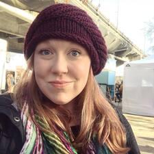 Ashley (AJ) felhasználói profilja