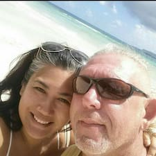 Jennifer & Tommy User Profile
