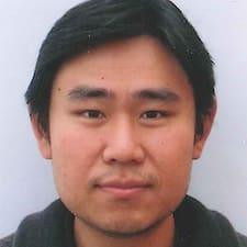 Yuttasenee felhasználói profilja