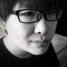 一凡 User Profile