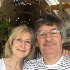 Peter & Sue Akass的用戶個人資料