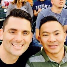 Joe And Eric felhasználói profilja