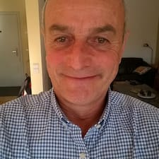 Profil Pengguna Bernard