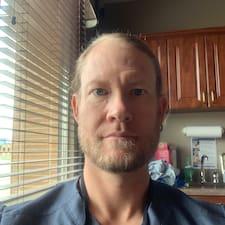 Profil korisnika Charles D