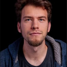 Zach felhasználói profilja