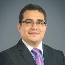 Profilo utente di Nestor U.