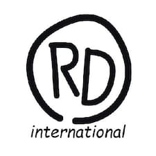 Rd International to Superhost.