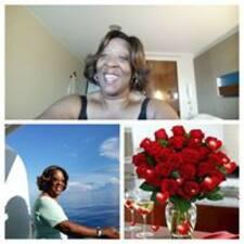 Eva    M User Profile