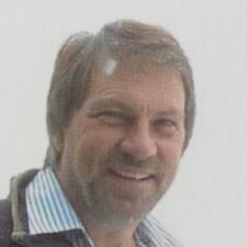 Profil Pengguna Pieter