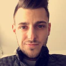 Maxime felhasználói profilja