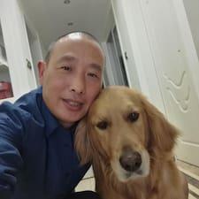 育林 felhasználói profilja