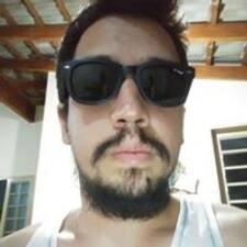 Perfil de usuario de Carlos