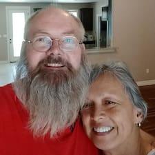 Profil Pengguna Brenda & Theron