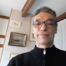 Profil Pengguna Pierre-Yves