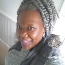 Roselyn User Profile