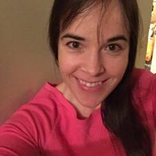 Elizabeth Dale felhasználói profilja