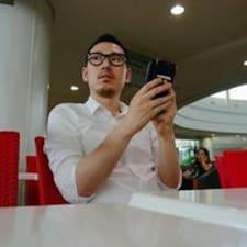 JongHyun的用戶個人資料