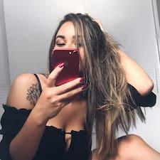 Luanna User Profile